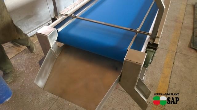 Инспекционные столы для черники